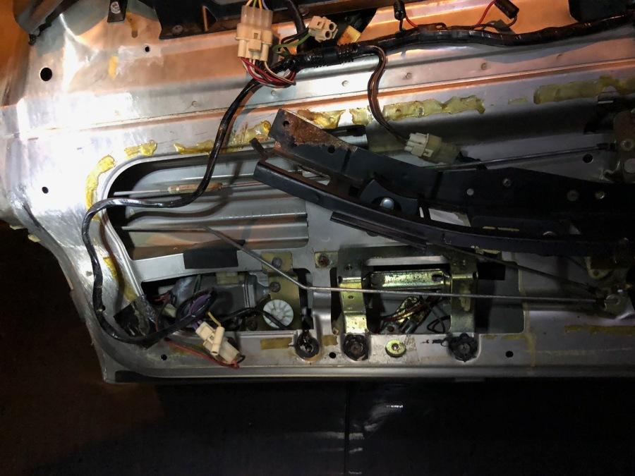 motor in door